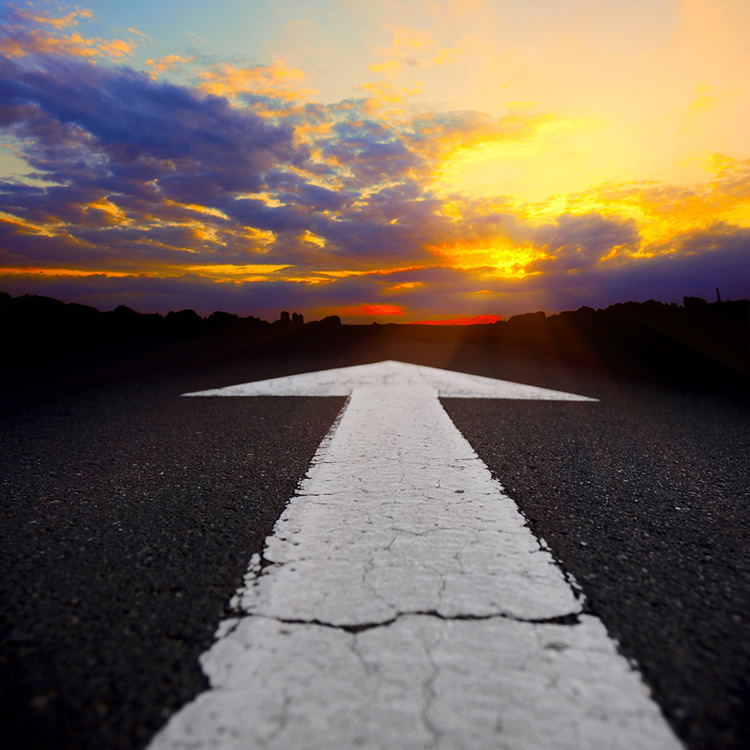 Road-Arrow-and-Sunset